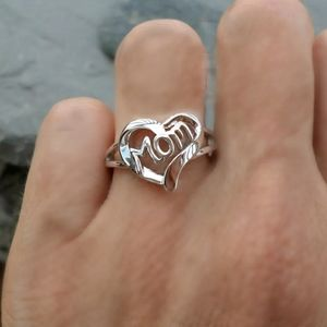 Sterling silver love heart MOM ring